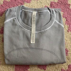 Lululemon LS swiftly white and black stripe